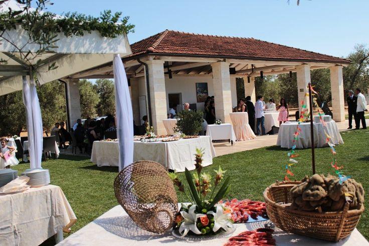 Wedding aperitif by the pool #pool #party #wedding #apetitif #puglia http://masseriacordadilana.it/