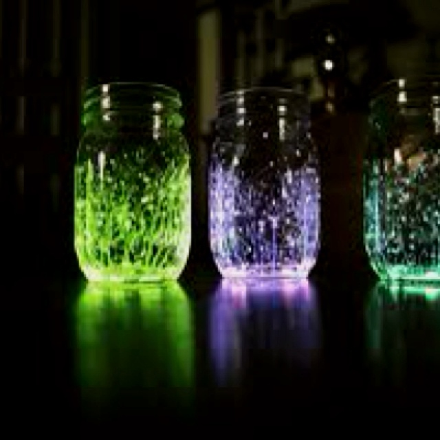 I thought this looked cool! you cut up tiny pieces of glow sticks and put them in a jar, then you close the lid and shake it up! I need an excuse to make this....