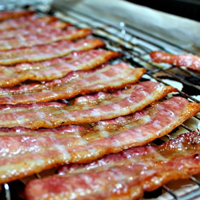 Tutorial: Oven Baked Bacon :: Easy Like A Sunday Morning