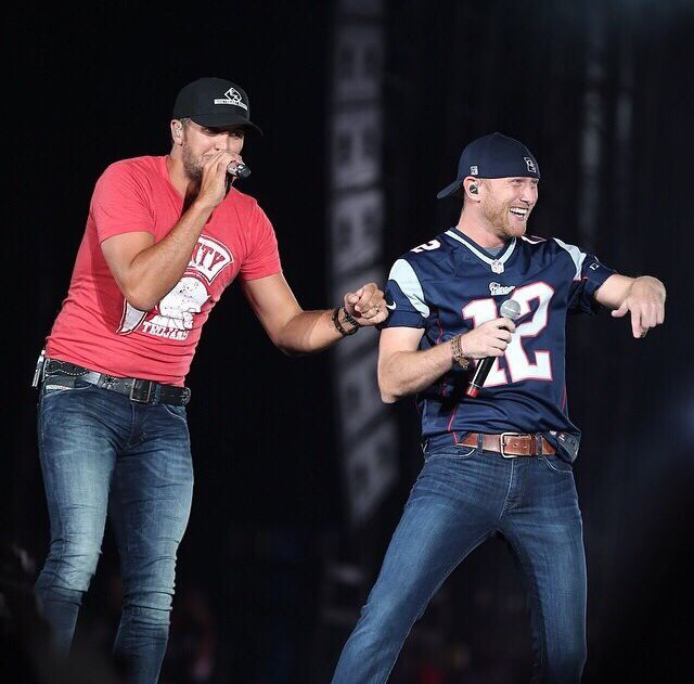 Luke Bryan and Cole Swindell, too much perfection in one picture!:):):)