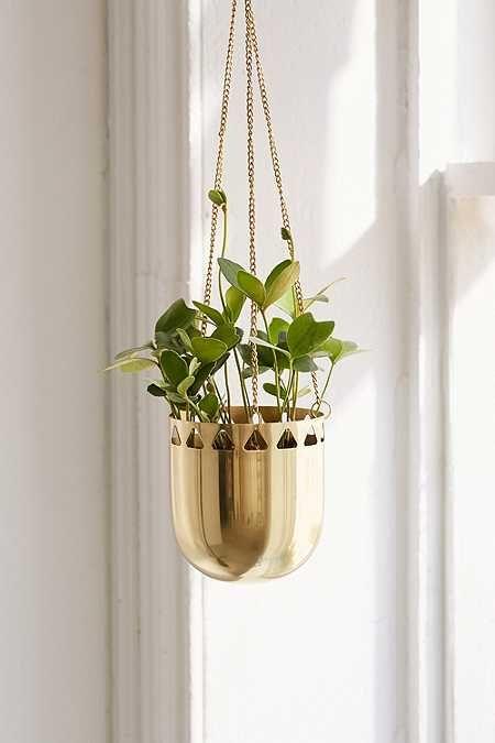 Beatrice Cutout Hanging Planter