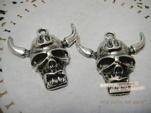skull with horns pendant great for diy phone bling | chriszcoolstuff - Craft Supplies on ArtFire