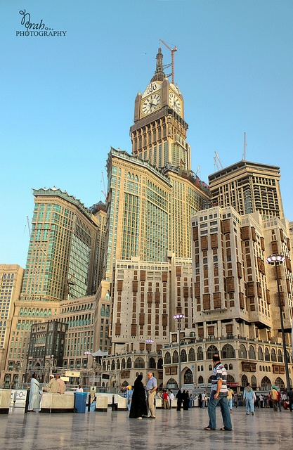 Makkah Clock Royal Tower, hotel with more then 8.000 rooms