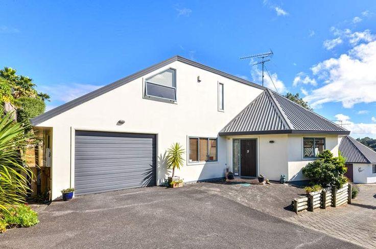 Property located at 2/15 Watene Road, Mt Wellington, New Zealand | Barfoot & Thompson