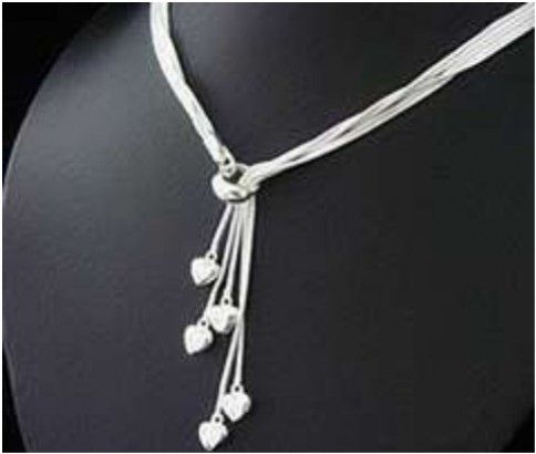 Stylish Silver Necklace! Hearts = Love and you will Heart this Necklace