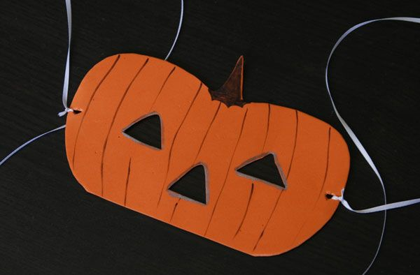 Google Image Result for http://cdn.sheknows.com/articles/2012/09/sarah_parenting/pumpkin-mask.jpg