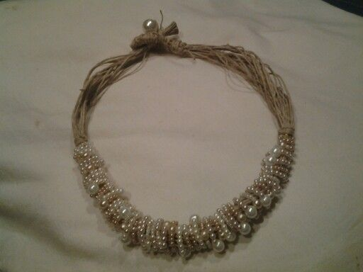 Hemp & pearl necklece