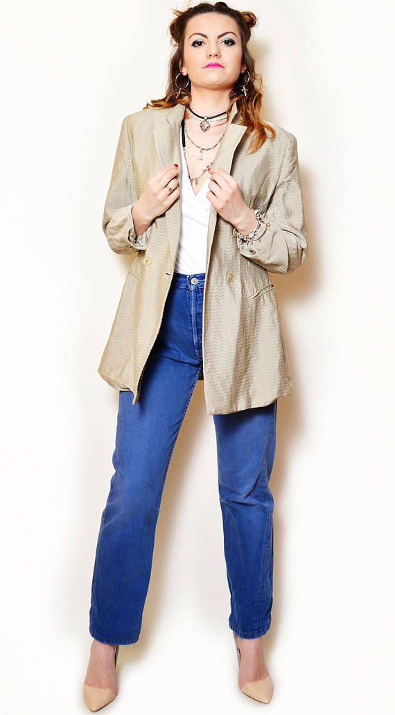 https://www.etsy.com/listing/524203435/90s-beige-jacket-long-sleeve-oversize?ref=shop_home_active_91