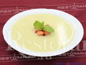 """Суп из клубники и ревеня на шампанском от шеф-повара ресторана """"Авокадо"""""""