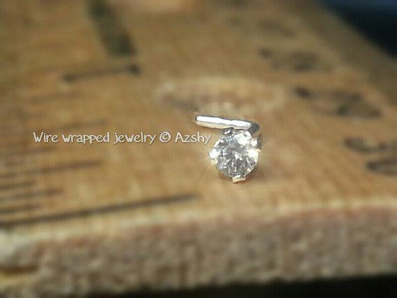SWAROVSKI nez anneau Stud Post 2mm cristal par WireWrappedDesign