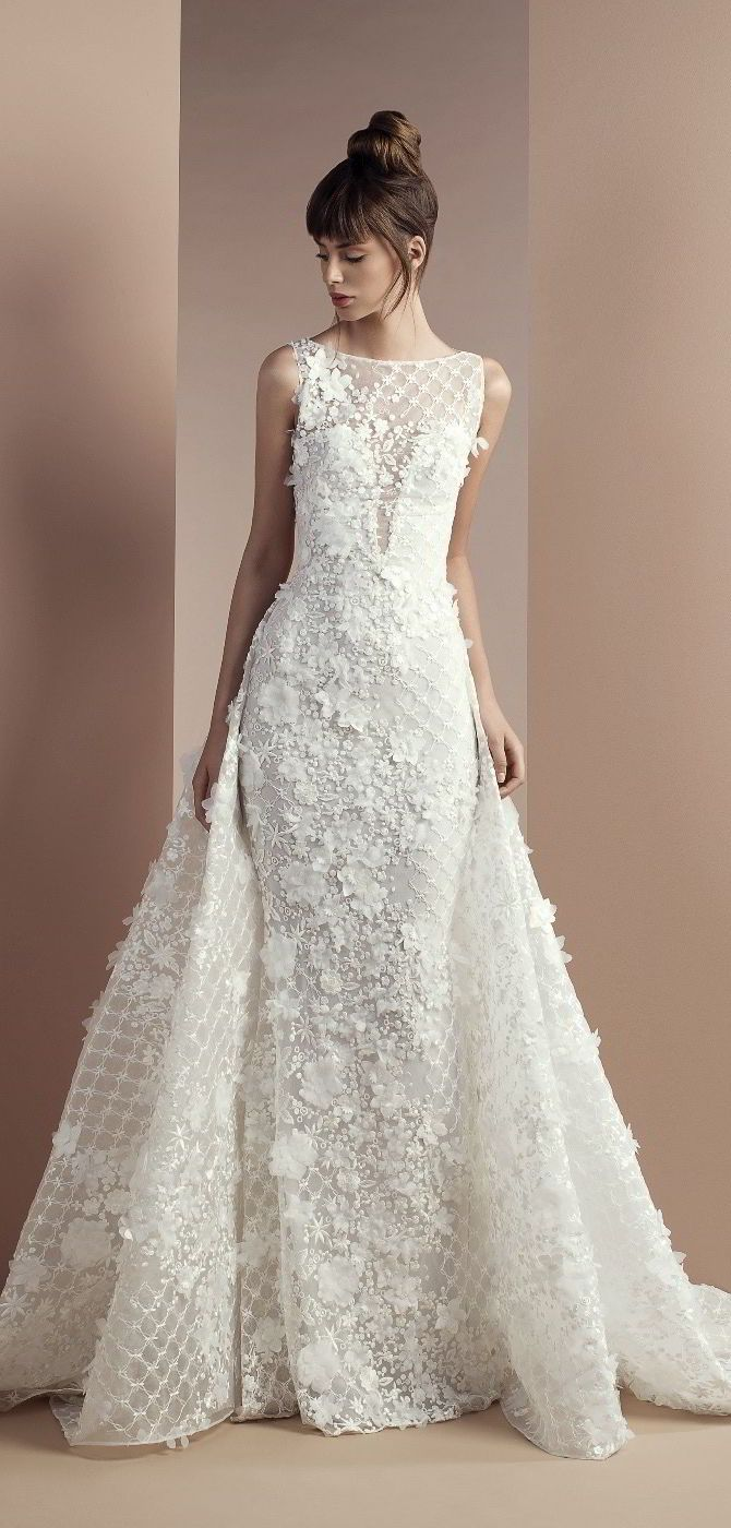 Tony Ward 2018 Wedding Dress/ Love all the texture on this one! Follow me @ Melissa Riley- for more modern wedding dress collections, wedding cake ideas, wedding color palate ideas, wedding reception decor and lighting, modern eye makeup ideas, wedding updos and styles. lovemelissariley.com