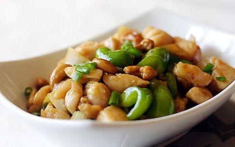 Тайская закуска: простой рецепт. Кешью с зеленым перцем