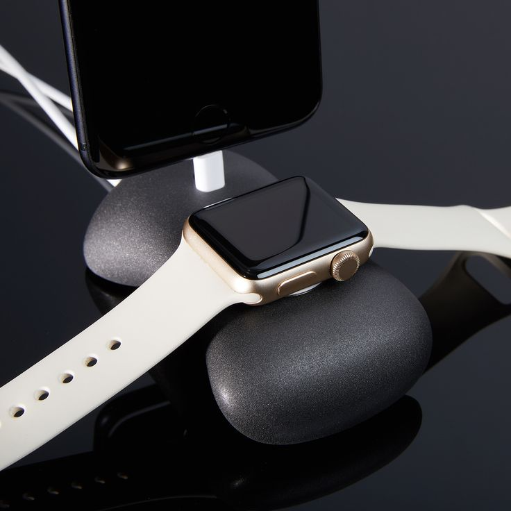 Zen Stand + Charging Dock // Apple Watch + iPhone
