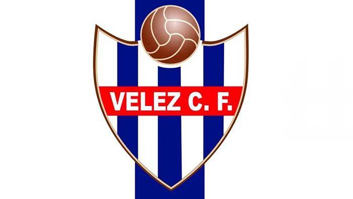 """El Vélez Club de Fútbol iniciará el próximo día 17 de Julio a las 19:30h los entrenamientos de Pretemporada para afrontar el nuevo curso 2017/18, para ello se tiene previsto disputar 8 partidos de preparación:Atlético Malagueño22 de Julio️ 21:00hVivar TéllezVélez CF """"B""""26 de Julio️ 21:00hVivar TéllezJuventud de Torremolinos CF29 de Julio️ 21:   #pretemporada #velez c.f"""