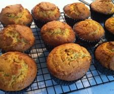 Recipe Carrot and Apricot Cupcakes by Annett - Recipe of category Desserts & sweets