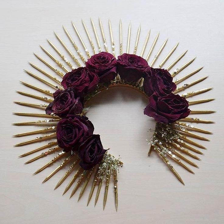 An example of a headpiece with dried flowers. Still very happy with this - I need to make more!