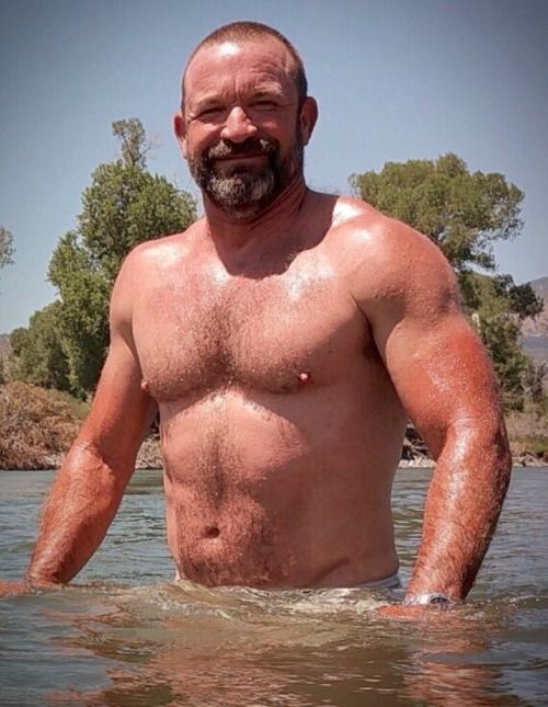 hot hairy bear men