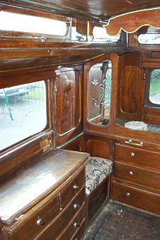 Gypsy Waggons and Vardos: Artists and Designers - interior
