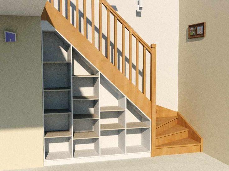 Etagère sous escalier complète avec socle, dessus et fond, intégrée sous un escalier quart-tournant
