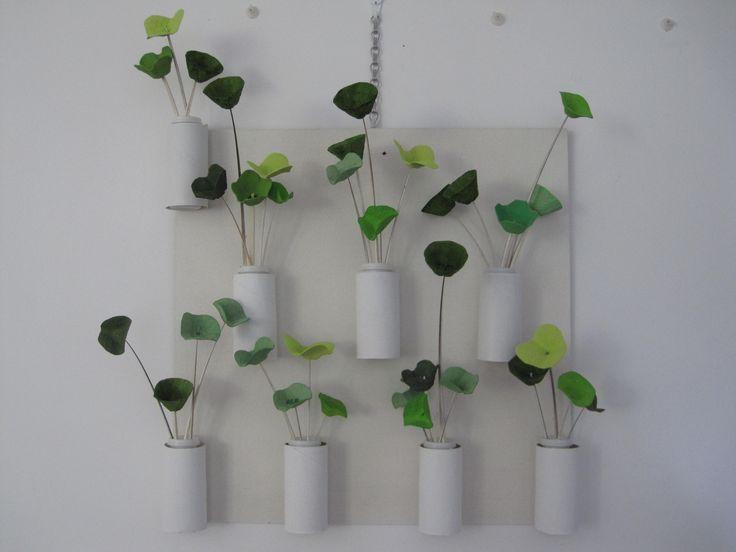 cani herrón. mural de flores verdes