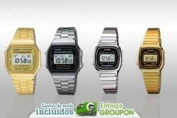Vuelven los 80 a tu muñeca con el reloj Casio dorado o plateado disponible en varios tamaños desde 22 €