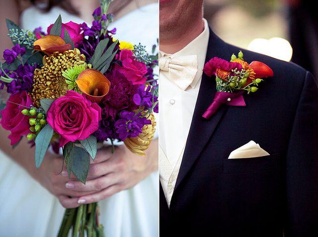 Bridal bouquet in textural jewel tones