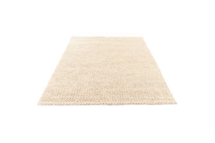Håndlavede tæpper i høj kvalitet. Alle tæpper er mærket med en label fra…