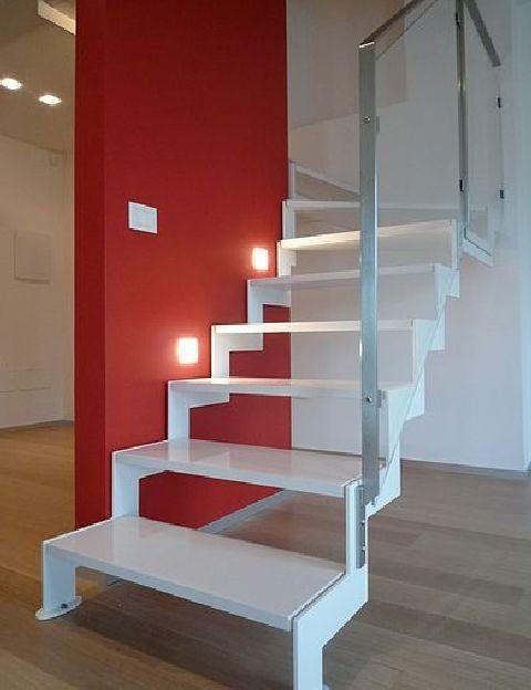 Metalowe schody,