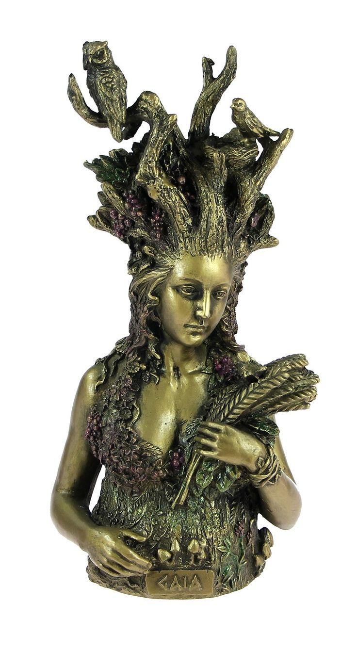 A Deusa Gaia foi a propiciadora dos sonhos e a protetora da fecundidade. Na mitologia grega, Gaia é a personificação da Terra como deusa. Terra, Gaia, Mãe Terra...tantos são meus nomes! Po