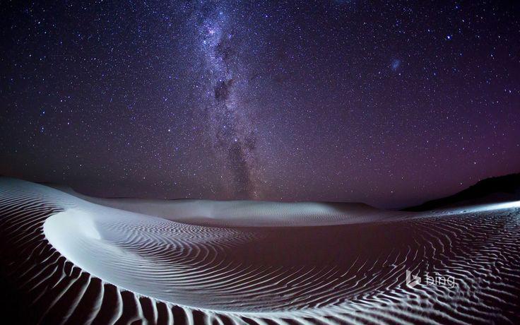 @espoka Milky Way over Sleaford Bay on the Eyre Peninsula, South Australia
