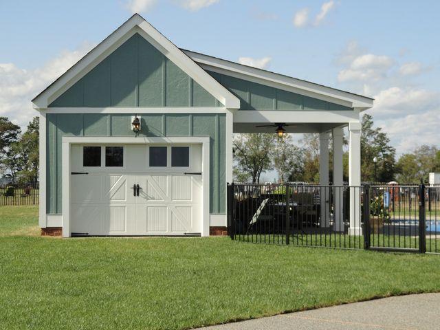 640 480 pixels car for Detached garage pool house