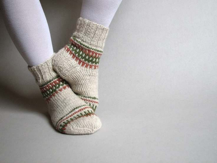 Knitting Pattern For Ladies Long Socks : Hand Knitted Patterned Woolen Socks - 100% Natural Wool ...