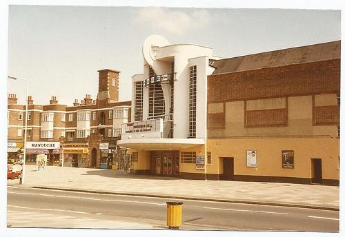 Grosvenor Cinema, Rayners Lane