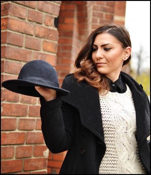 Smart casual look, autumn look, office outfit, OOTD, skirt, fedora hat