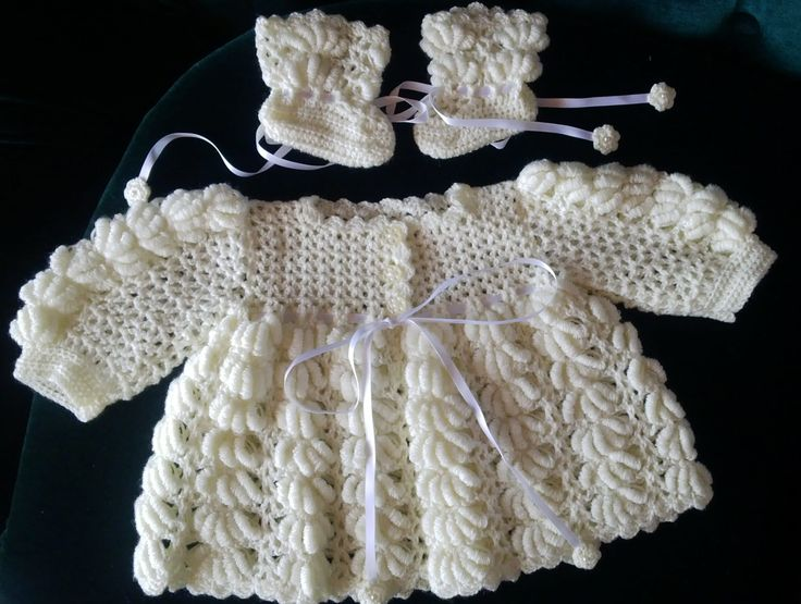 Baby wear, soft yellow special stitch, handmade by Merle, for baby or reborn dolls.