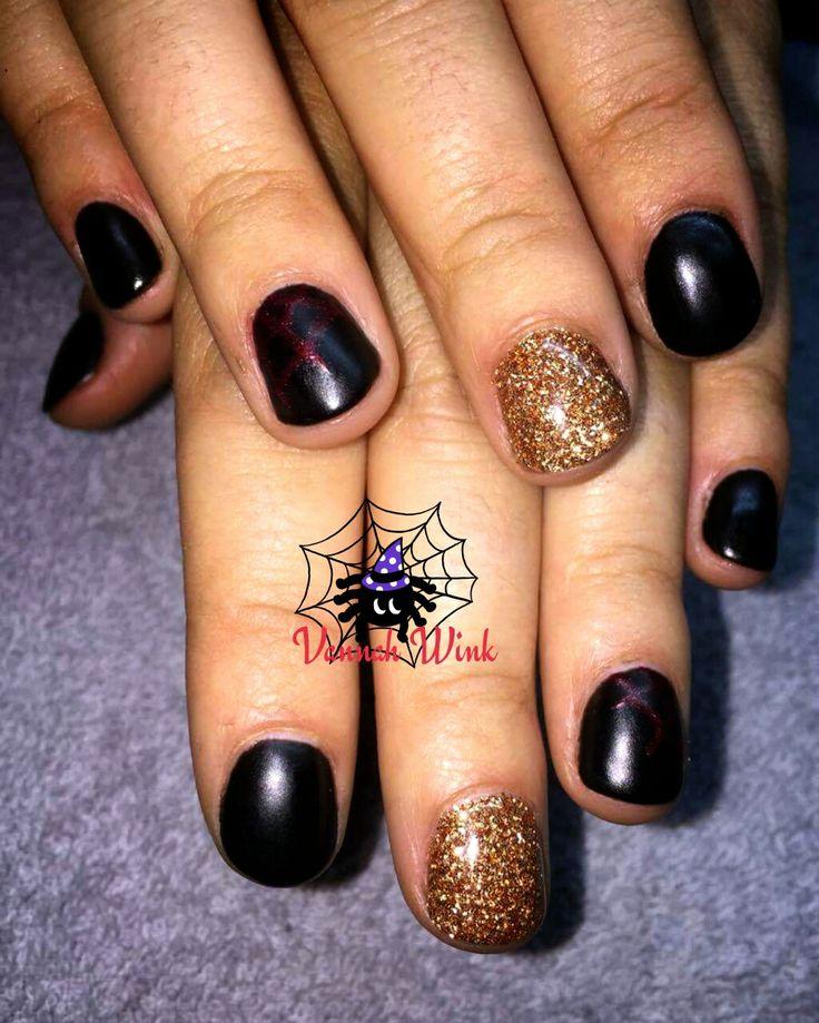 Matte Black Gel Nail Polish: Black Matte Gel Polish Manicure With Gold Glitter And