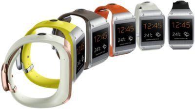 Met de Samsung V7000 Gear Smartwatch blijft u nog beter op de hoogte van inkomende berichten en kunt u handsfree bellen zonder uw telefoon te pakken. U beantwoord telefoontjes simpelweg door uw pols naar uw oor te brengen. Ook kunt u scherpe foto's maken met de 1,9 megapixel camera met beeldstabilisator aan de buitenkant van de polsband.  #Smartwatches