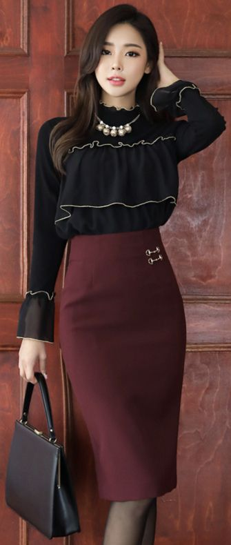 StyleOnme_Gold Decorative Detail High-Waisted Pencil Skirt #wine #pencilskirt #koreanfashion #kstyle #kfashion #feminine #falltrend #seoul
