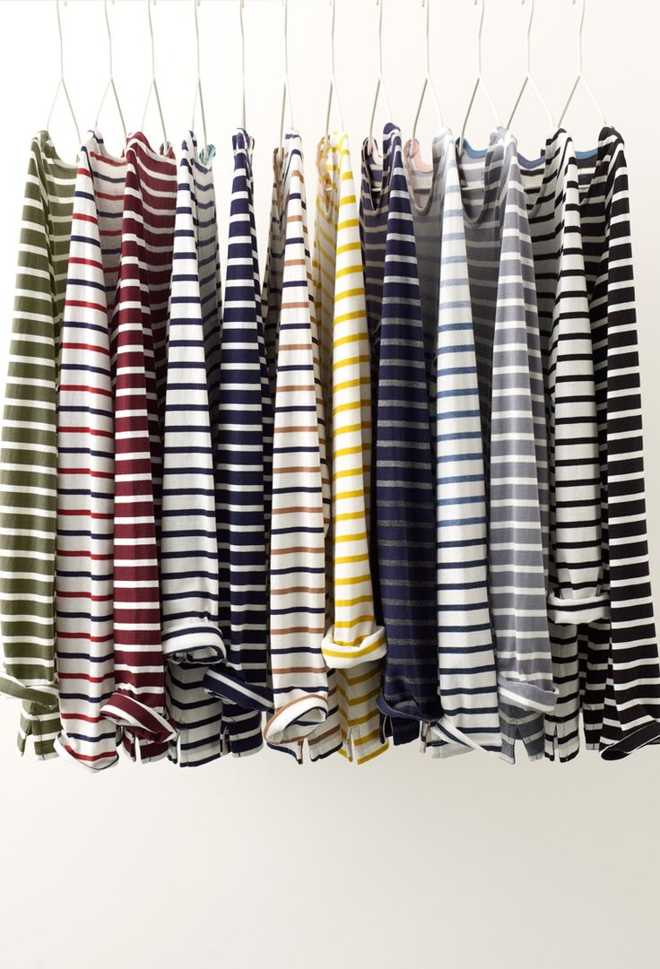 On an average day, you can find roughly 83% of Boden staffers wearing something stripy. Well, nothing beats a classic. This long-sleeved Breton, made from supersoft cotton, is THE wardrobe must-have.