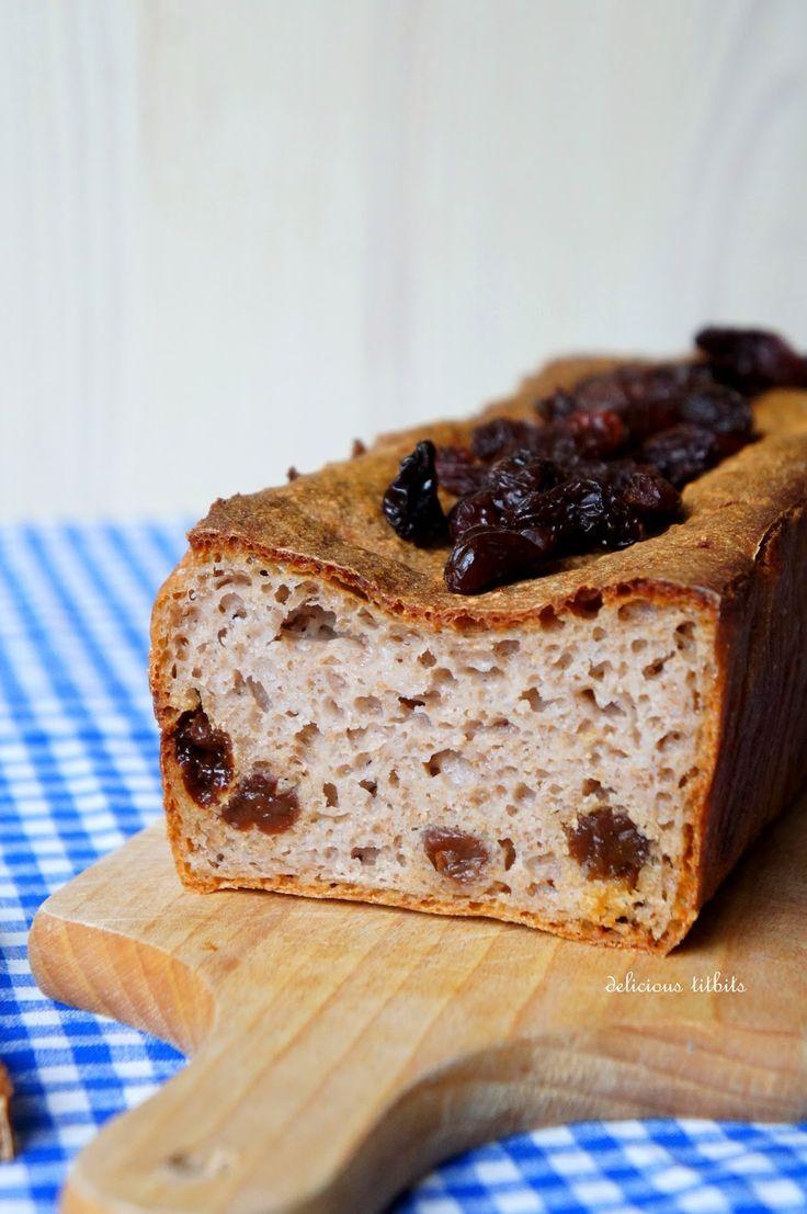 Delicious Titbits: Chleb gryczany na zakwasie z rodzynkami