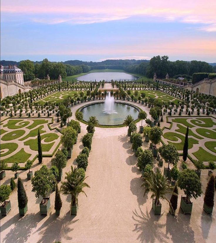 1484 best versailles images on pinterest castles for Jardin chateau de versailles