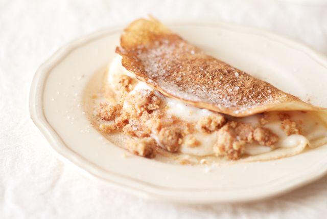 The Kate Tin: Milk tart pancakes with cinnamon crumble