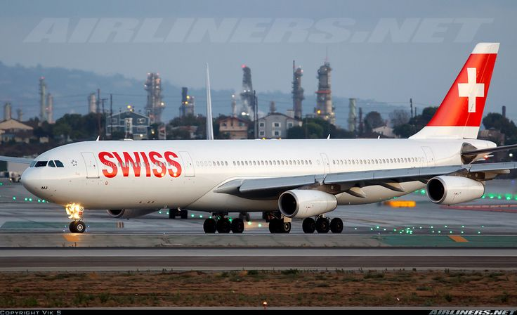 Airbus A340-313, Swiss International Air Lines, HB-JMJ, cn 150, 219 passengers, first flight 24.10.1996 (Air Canada), Swiss delivered 3.5.2007. 27.5.2016 flight Sao Paulo - Zurich. Foto: Los Angeles, United States, 20.8.2014.