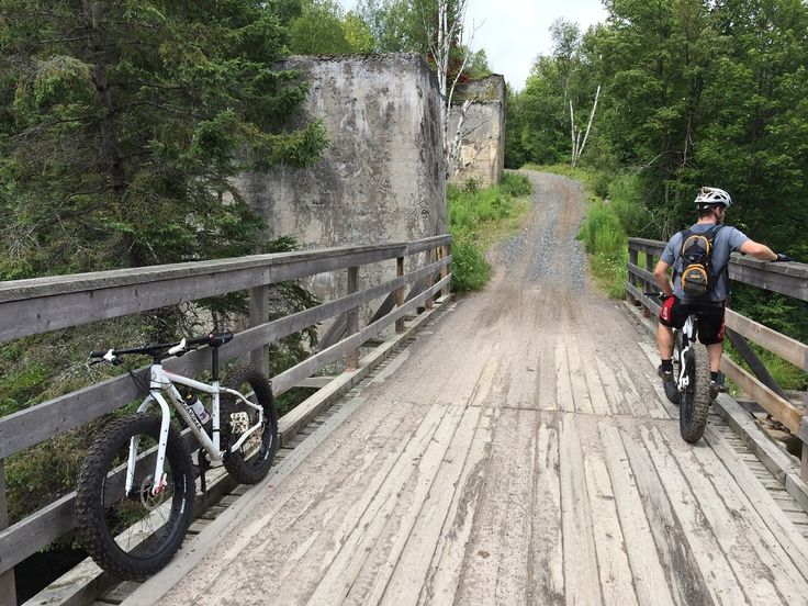 Read the adventurous tale of two fellas fat biking across an 80 km section of the Seguin Trail in Ontario's cottage country.