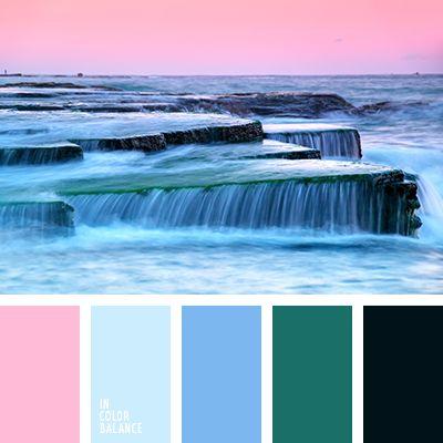 azul medianoche, azul oscuro pálido y verde, azul oscuro y celeste, azul oscuro y lila, azul turquí, celeste y azul claro, celeste y azul oscuro, celeste y lila, color azul turquí, color casi negro, color lila, color verde azulado, lila y azul celeste, lila y azul oscuro, lila y celeste, matices del azul oscuro, rojo