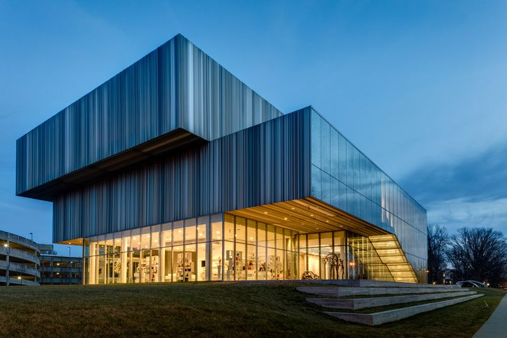 """The Speed Art Museum, located in Louisville, Kentucky is the state's oldest and largest art museum; wHY Architecture's concept to carefully and precisely intervene on the existing museum, coined by the firm as """"acupuncture architecture,"""" set the project apart from other proposals solicited by the museum's international search for an architecture firm to develop a comprehensive strategy for the museum's growth and expansion.  (courtesy Rafael Gamo)"""