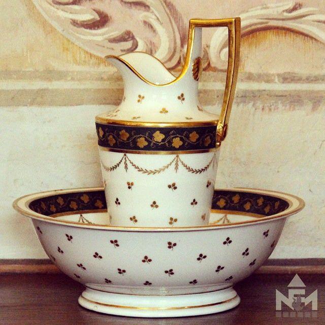 Arany és porcelán hétköznapi használatra egykor és a szem örömére ma múzeumunk állandó kiállításán.