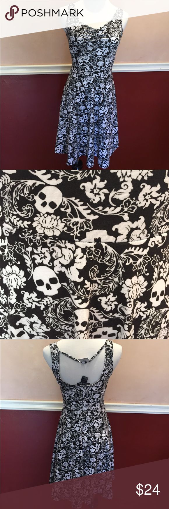 "NWT Hot Topic Midnight Hour Goth Skull Sundress XS NO TRADES OR LOWBALLERS, please. From Hot Topic, the brand is Midnight Hour. Size XS, new with tags. Measurements are 32"" bust, 26"" waist, 39"" hips. 34"" total length. Goths in hot weather! Hot Topic Dresses Mini"