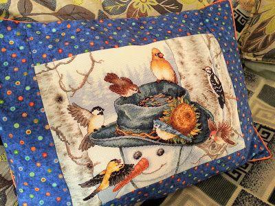 "Подушка со снеговиком ""Sunflower Snowman"""