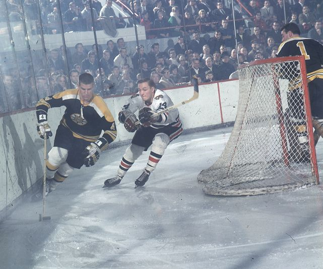 Boston Bruins defenseman Bobby Orr skates against the Blackhawks (1967)